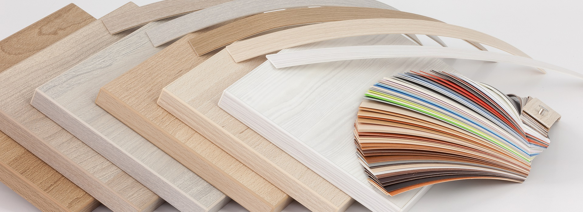 Rich collection of edgebands for each furniture board